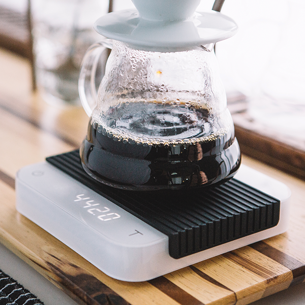 acaia-white-pearl-coffee-scale