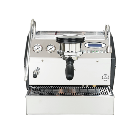la-marzocco-GS3-AV-coffee-machine-front