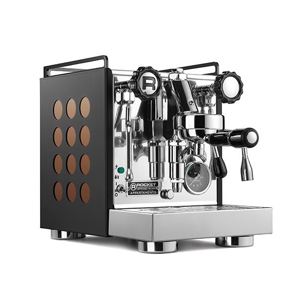 APPARTAMENTO-coffee-machine-black-copper